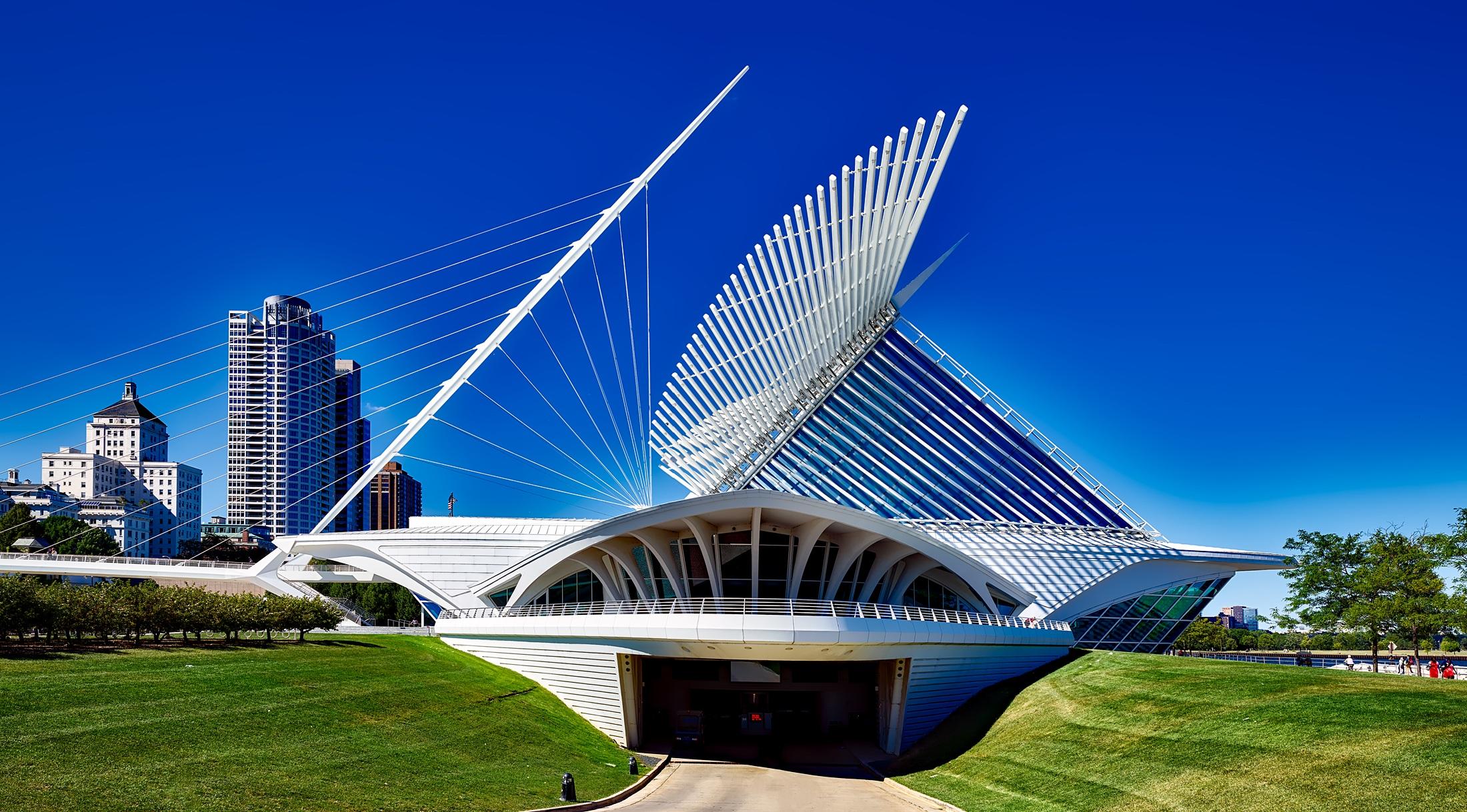 Who Designed The Milwaukee Art Museum